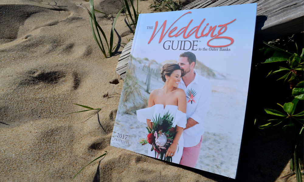 Wedding Guide to the Outer Banks 2017 Cover