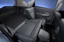 2012-Toyota-Prius-V-Interior-7-1024x680