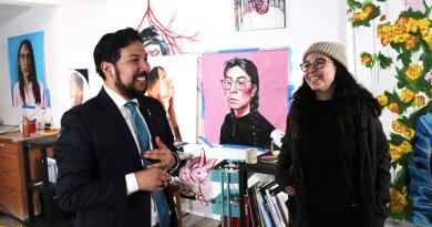Edmonton artist named Alberta's first artist in residence