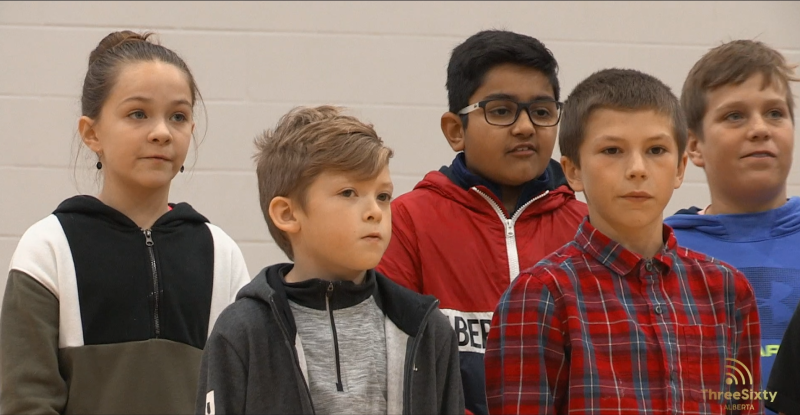 SouthPointe School Grade 5 students sing in memory of Terry Fox