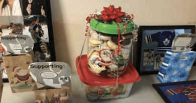 Holiday in the hallway warms spirits