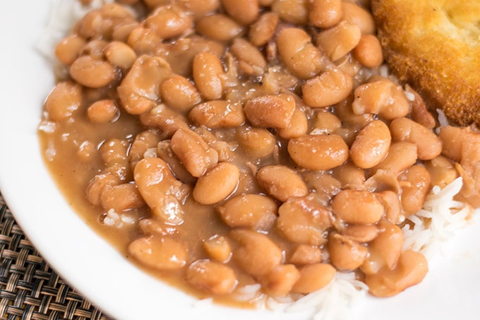 The best pot of pinto beans you will ever have! Pinto beans make a great dinner option as they are cheap and tasty!