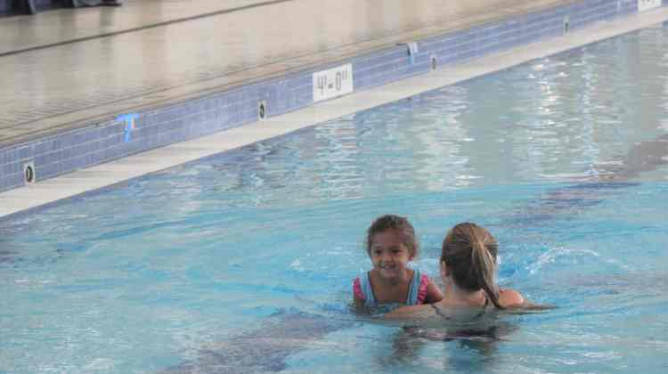 5 Tips for Successful Swim Lessons With Your Toddler + Giveaway!
