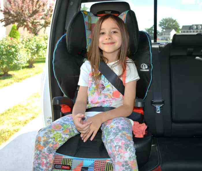 Is It Time To Move Your Child A Booster Seat Seats Are For Older Children Who Have Outgrown Their Forward Facing