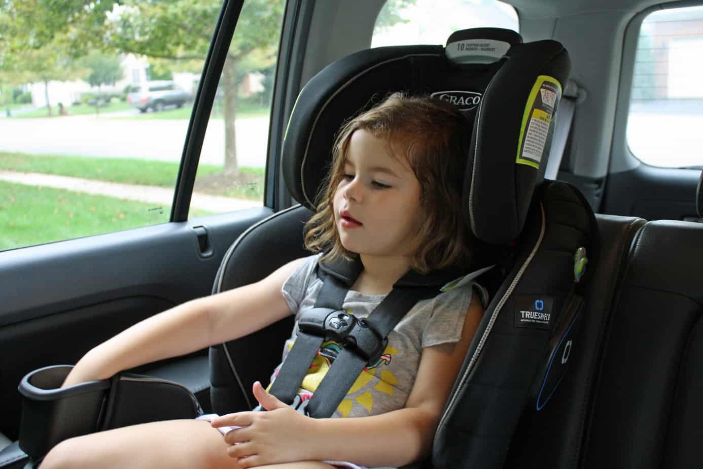Graco Extend2Fit 3-in-1 Car Seat featuring TrueShield Technology ...