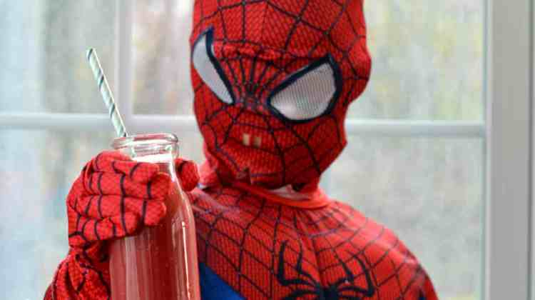 How to Make Spider-Man Smoothies