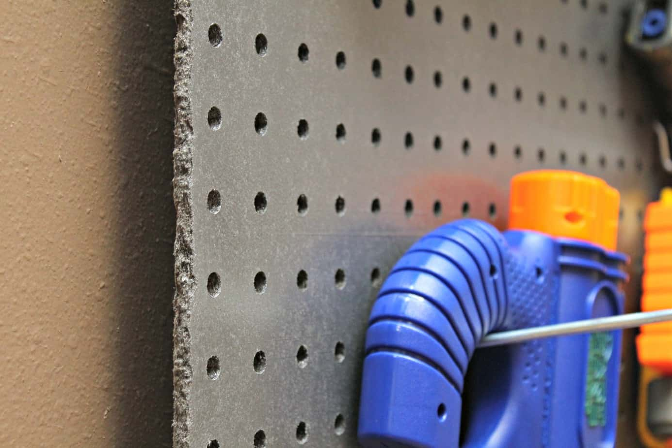How To Built A DIY Nerf Gun Weapon Wall {Instructions}