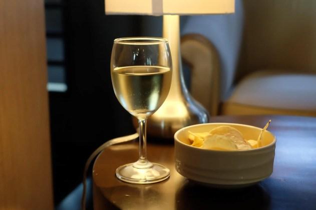 airport lounge wine