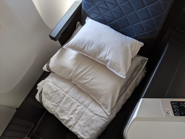 Delta One Suite bedding
