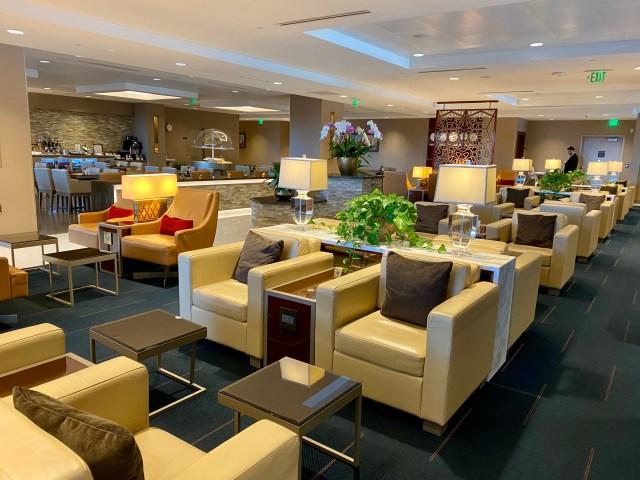 Emirates Lounge 2
