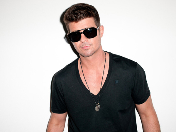 robin-thicke-take-it-easy-600x450