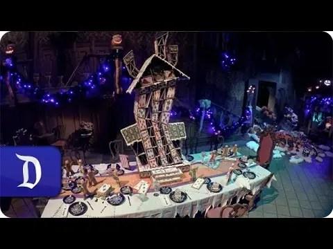 Haunted Mansion Holiday House of Cards | Disneyland Resort