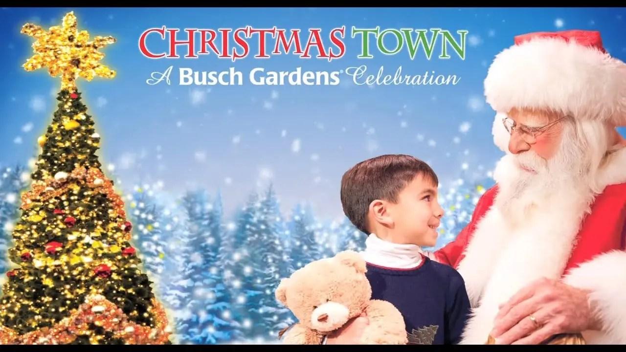 How to : Decorate a Christmas Wreath   Busch Gardens Williamsburg, VA