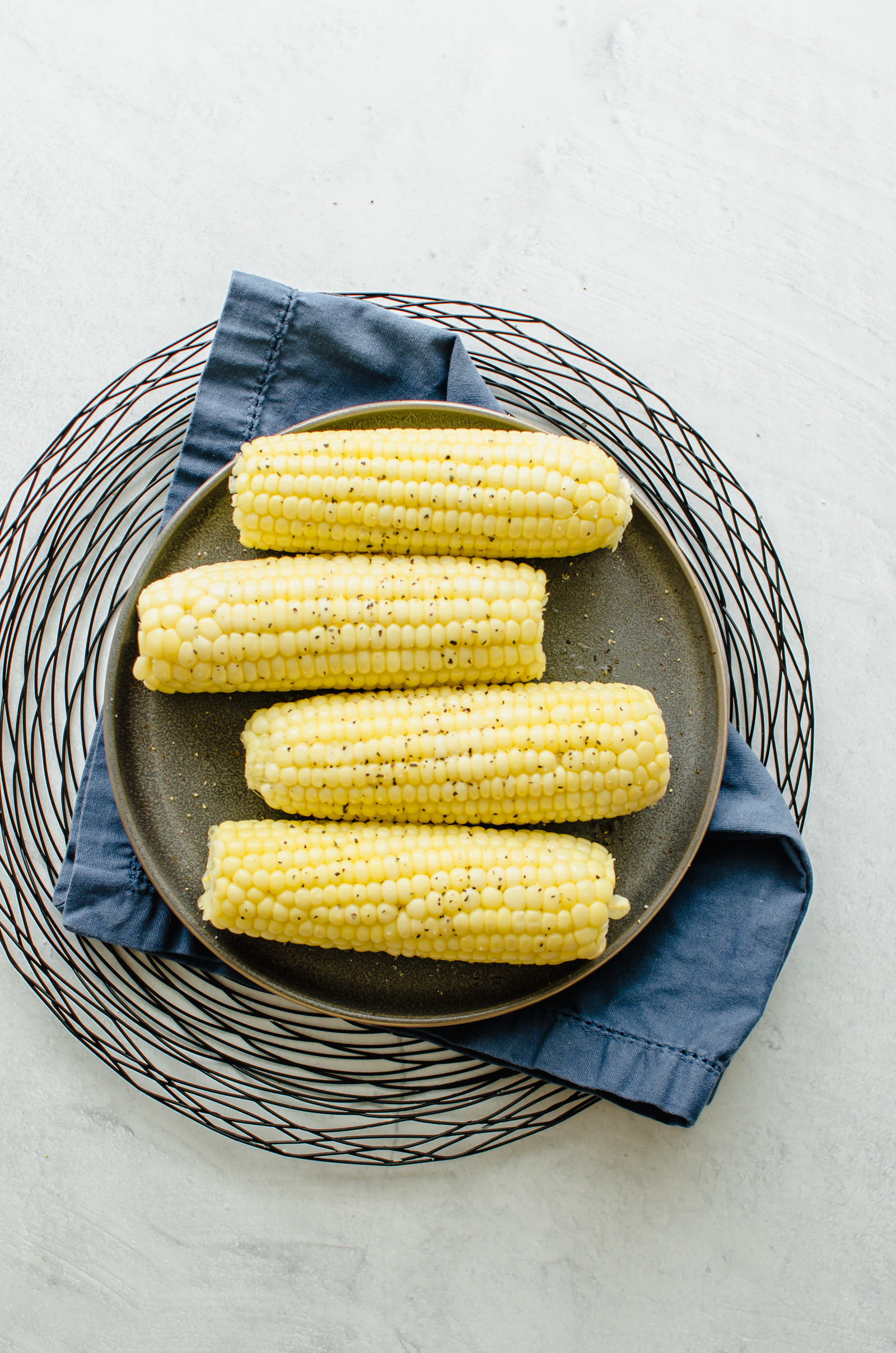 how to cook corn in the microwave