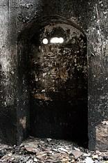 black alcove