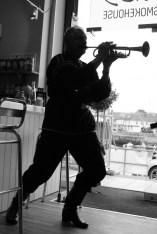 trumpeter b&W