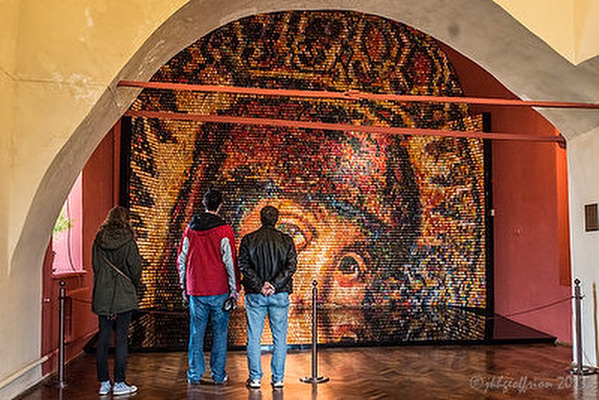 "15,000 Ukrainian Egg ""Mosaic"" of Mary"