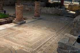 7 circuit and Roman-style labyrinths