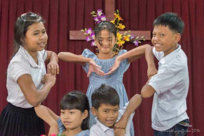 Children's dance group (love)