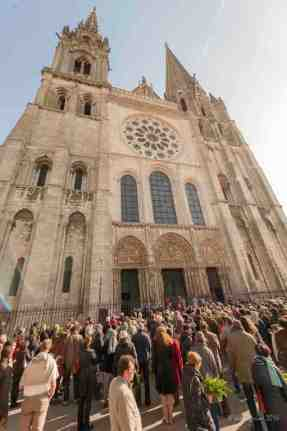 Singing outside the cathedral