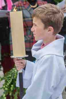 Leading the congregational procession