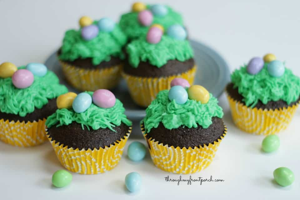 How To Make Fun Easter Cupcakes