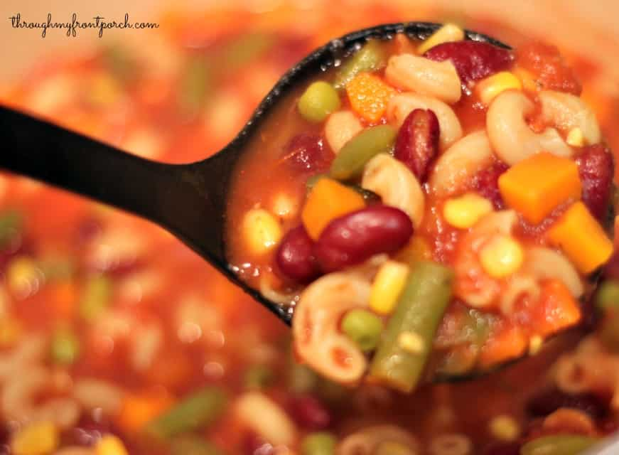 30 Minute Homemade Minestrone Soup