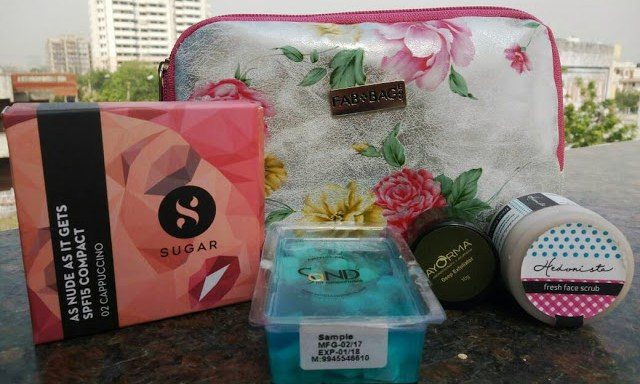 """Fab Bag April 2017 Unboxing and Review @throughmypinkwindow"""