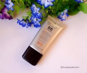 Revlon PhotoReady BB cream Skin perfector with SFP30 : Review and Swatch