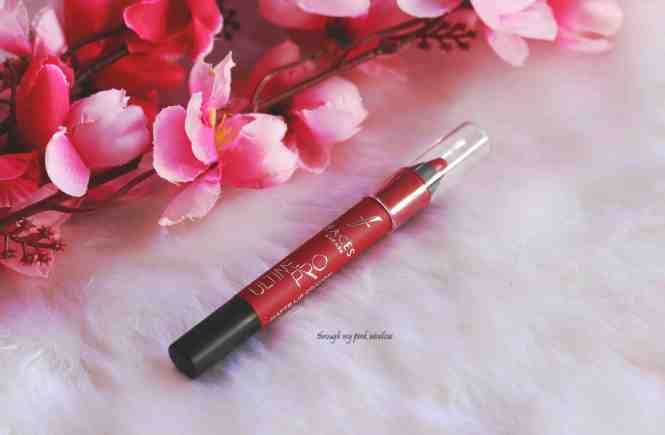 Faces Ultime Pro Matte Lip Crayon in shade Midnight Rose Review, Swatch and MOTD