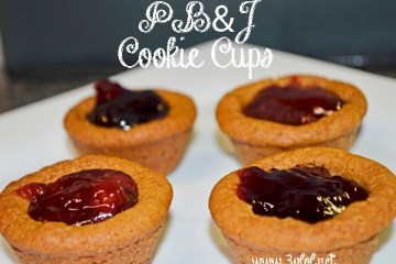 Peanut Butter and Jelly Cookie Cups #cookie #peanutbutterandjelly