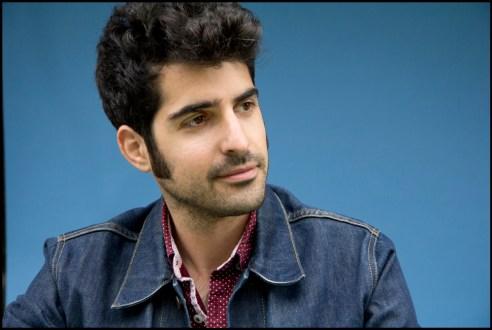 Headshot of New York singer-songwriter, Pete Mancini