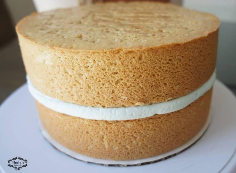 White Vanilla Cake 4