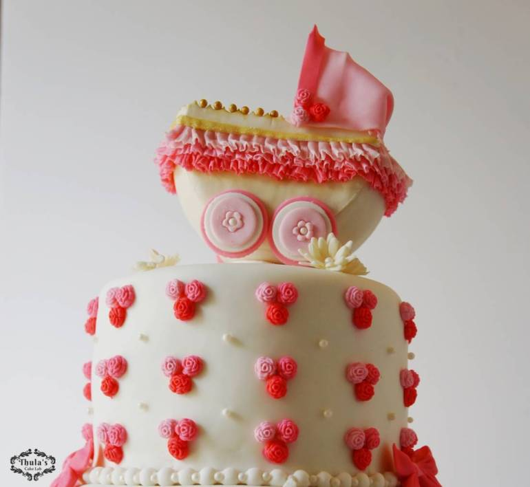 baby-shower-carriage-cake-4