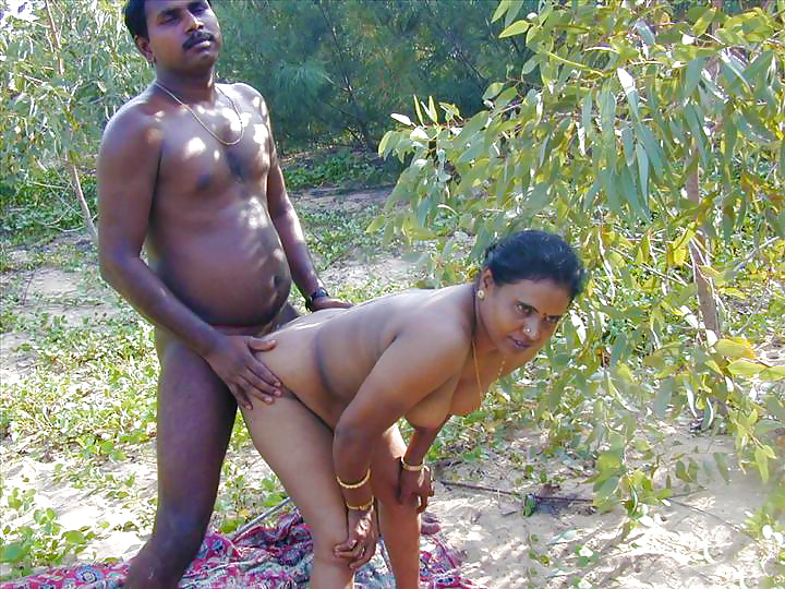 Anasuya Bharadwaj Desi indian outdoor fun showing nude and fucking in the open