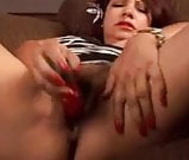 Gorgeous Mature Mexican Fucks Her Fat Juicy Pussy For You