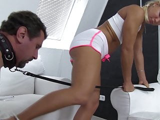 Sadistic Glamour Women have shoe cleansing slaves