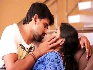 aunty scortching hot romance in saree