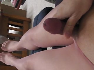Pink pantyhose quick outside cum
