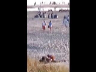 Younger couple caught fucking on public seashore – voyeur intercourse
