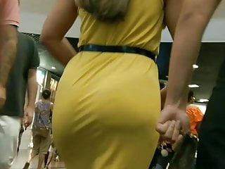 greatest candid tremendous ass curvy scortching hot booty stroll hot costume