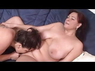 Two German mothers feasting out