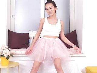 Elisia sweet ballet dancer