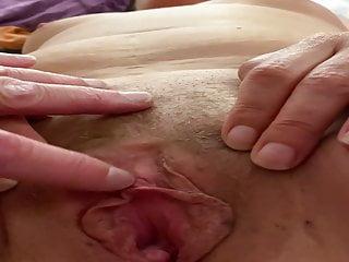 Playtime, jugando con su klitoris y vagina a nuestro placer