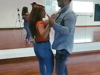 julia Bayonetta's enormous ass in motion