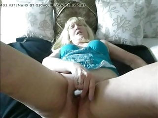 Old whore sue slurps penis and is fucked arduous