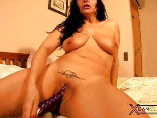 Sonia Rox Webcam – Booty Brunette mommy and Vibrator