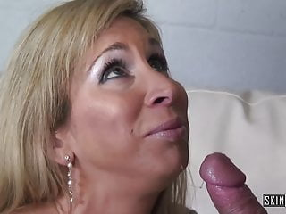 Blonde horny milf Morgan Ray Pays For Personal Faculty with Cunt