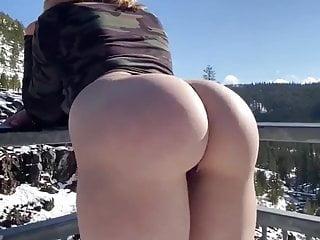 Splendid whore Mia expose her tremendous white butt