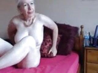 older webcam girl